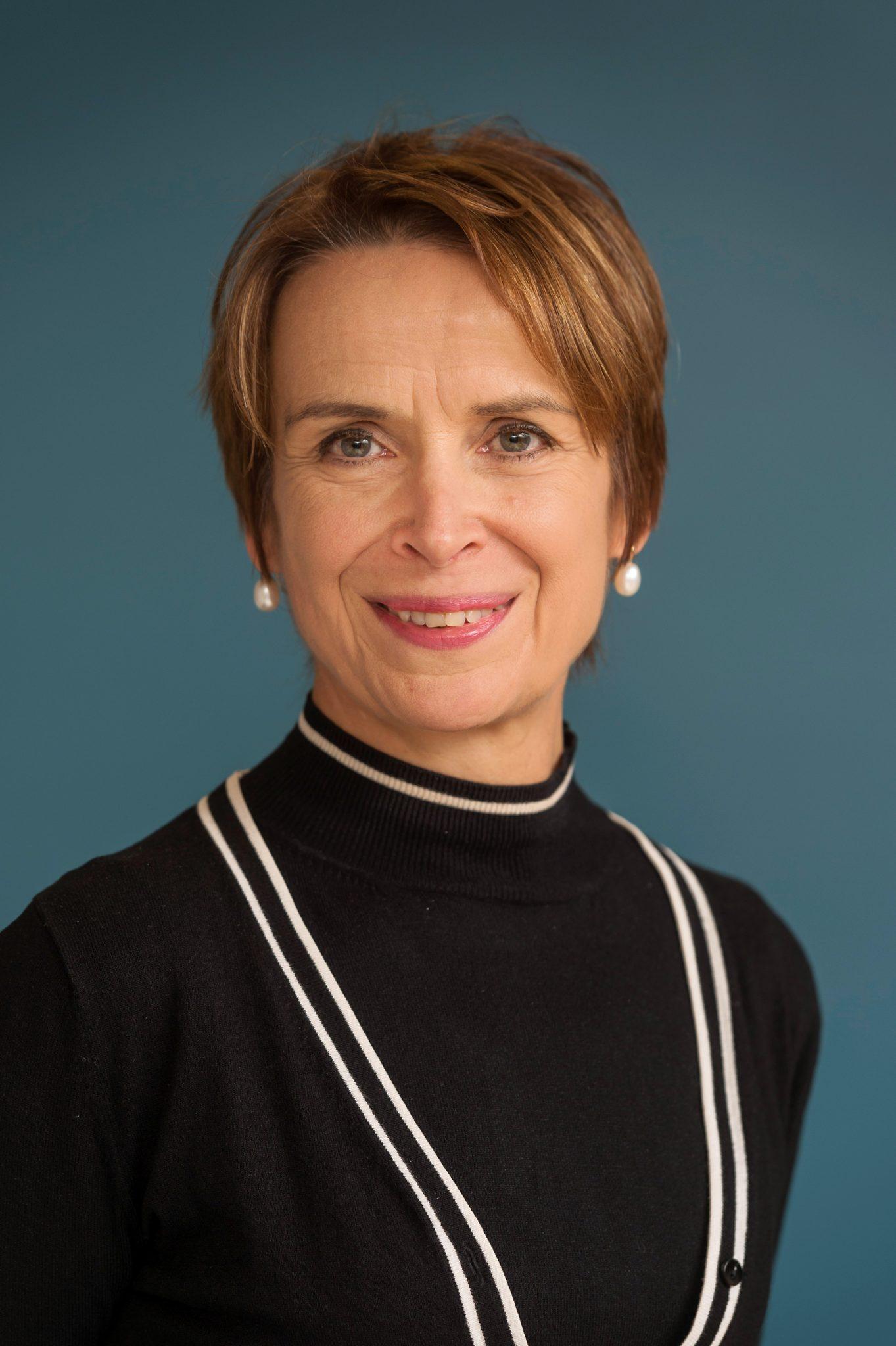 Elaine Crichton